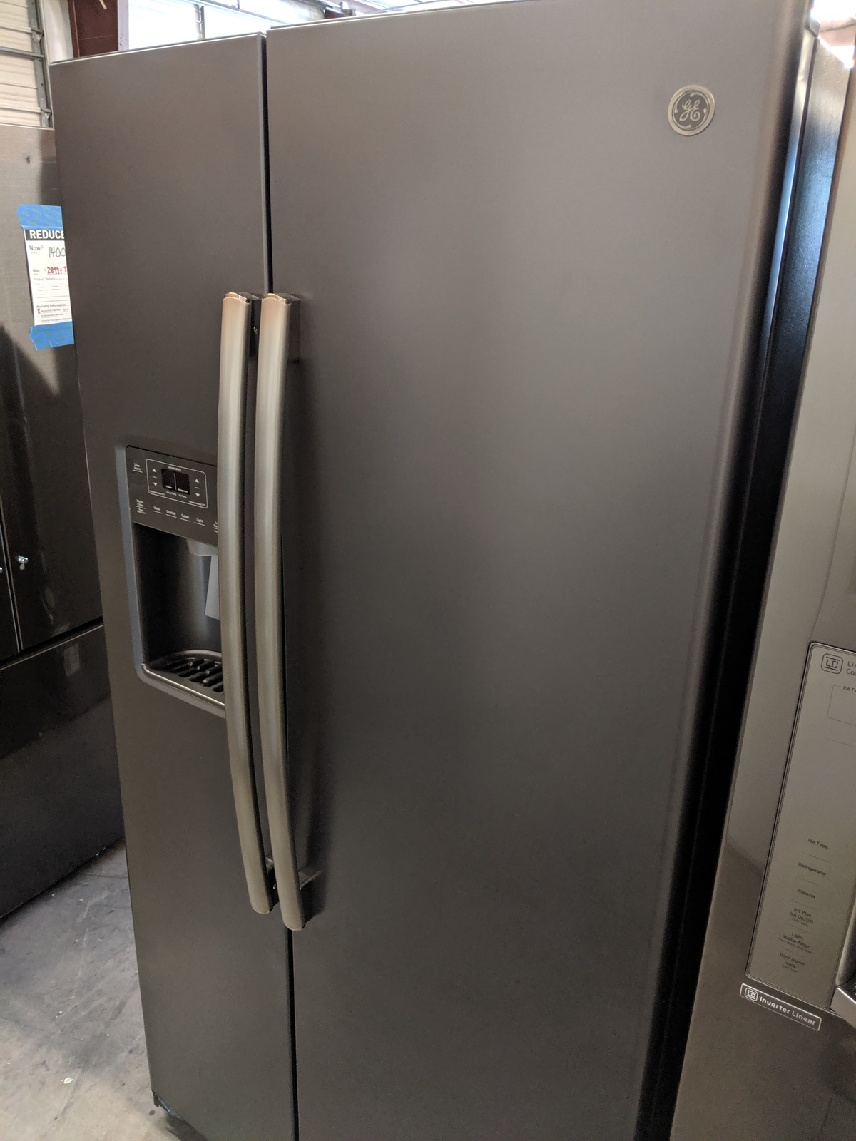 New Ge 25 4 Cu Ft Side By Side Refrigerator With Ice Maker