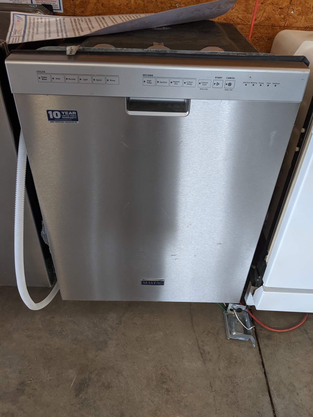 New Maytag 50 Decibel Hard Food Disposer Built In Dishwasher Fingerprint Resistant Stainless Steel Nothing S Perfect Appliances And More