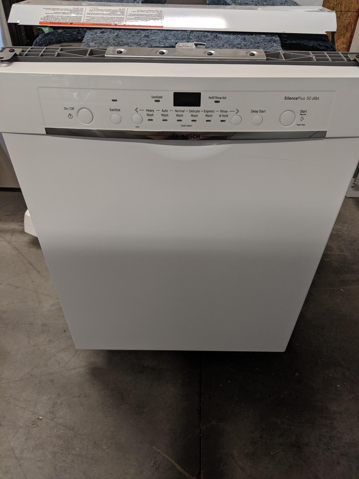 New Bosch Ascenta 50 Decibel Built In Dishwasher White
